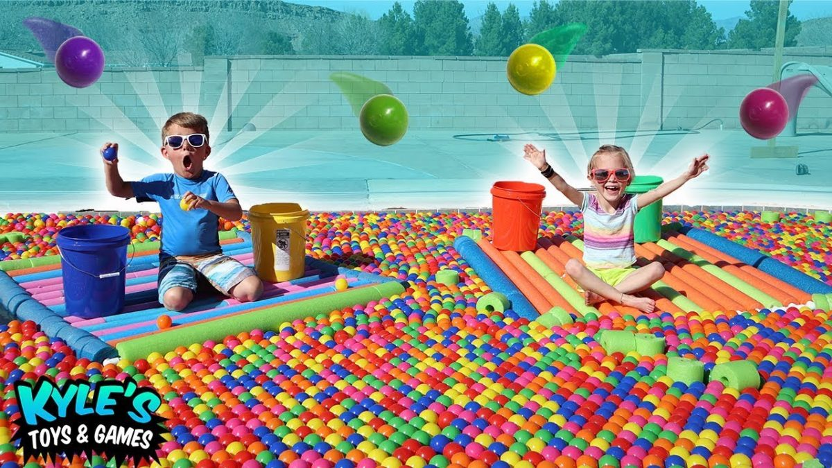 Swimming Pool Ball Pit Game! Sour Candy Surprise!